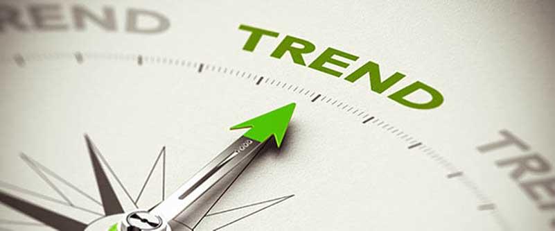 Wijzer van een kompas wijst naar het woord 'trend'