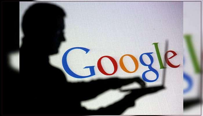 Een silhouet van een man die een laptop vasthoudt met het Google-logo op de achtergrond