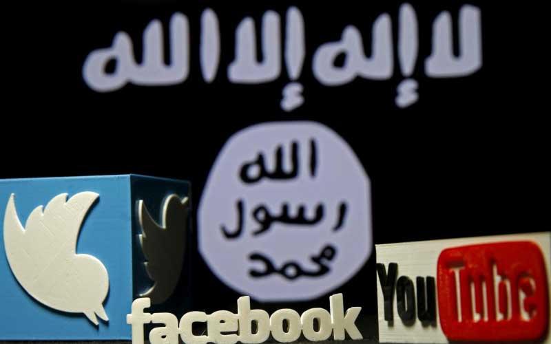 Wallpaper met Facebook-, Twitter- en YouTubelogo's en een tekst op de achtergrond