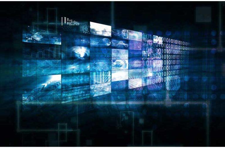 Rechthoekige holografische schermen waarvan de rechterkant overloopt in binaire code