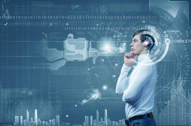 Denkende zakenman in kamer met digitaal scherm