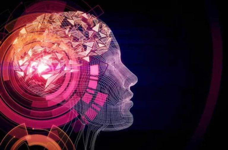Abstract hoofd in blauwe, roze en paarse kleuren met driehoeken die het brein vertegenwoordigen